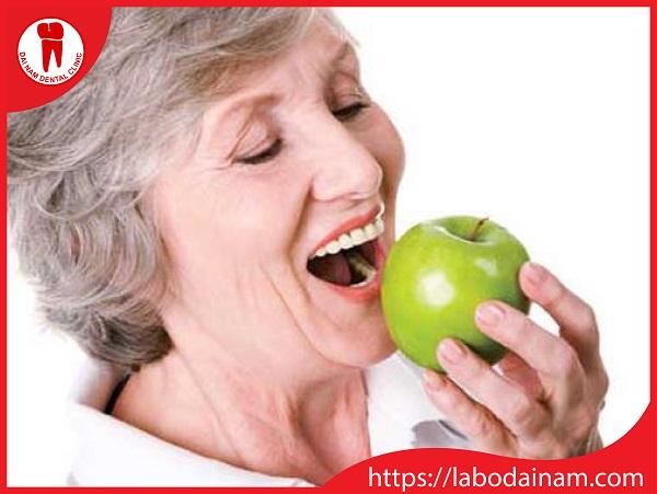 Cầu răng sứ - đảm bảo ăn nhai tốt